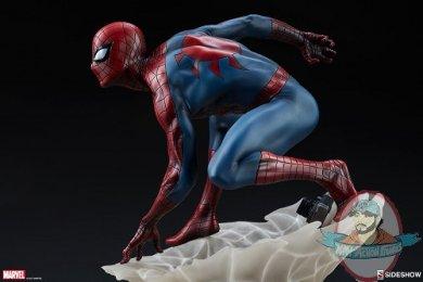 marvel-spider-man-statue-mark-brooks-artist-series-sideshow-200508-16.jpg