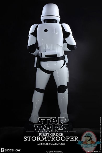 star-wars-first-order-stromtrooper-life-size-collectible-hot-toys-902688-06.jpg