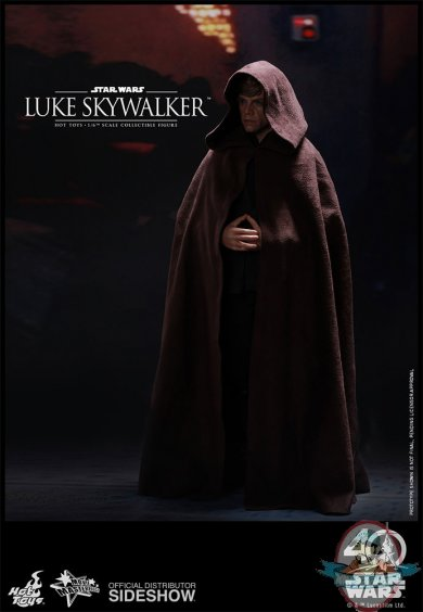star-wars-luke-skywalker-sixth-scale-hot-toys-903109-04.jpg