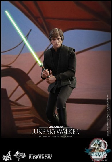 star-wars-luke-skywalker-sixth-scale-hot-toys-903109-10.jpg