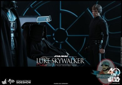 star-wars-luke-skywalker-sixth-scale-hot-toys-903109-13.jpg