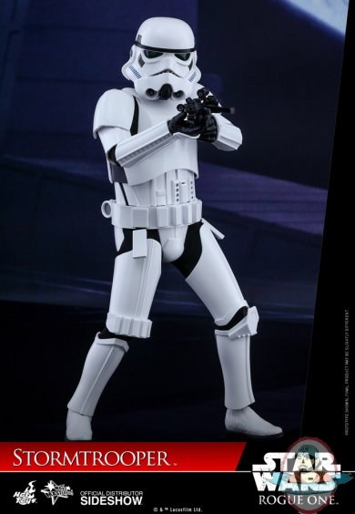 star-wars-rogue-one-stormtrooper-sixth-scale-hot-toys-902874-02.jpg