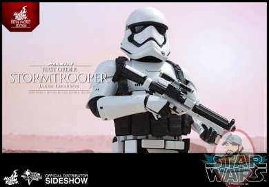 star-wars-stormtrooper-jakku-exclusive-sixth-scale-hot-toys-902579-08.jpg