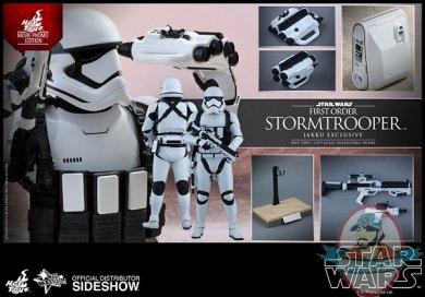 star-wars-stormtrooper-jakku-exclusive-sixth-scale-hot-toys-902579-13.jpg