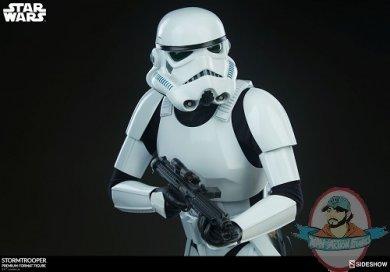 star-wars-stromtrooper-premium-format-figure-sideshow-300526-11.jpg