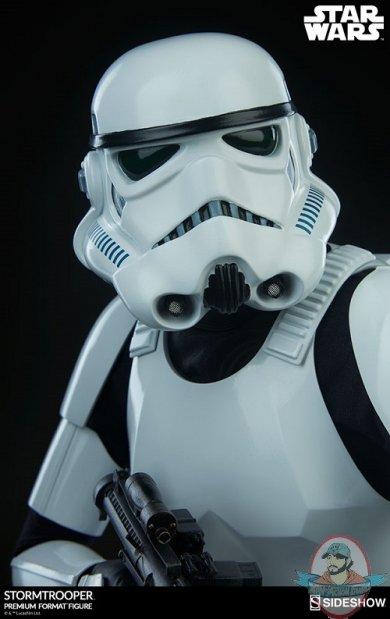 star-wars-stromtrooper-premium-format-figure-sideshow-300526-13.jpg