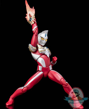 Ultra Act Ultraman Max Action Figure by Bandai   Man of ...